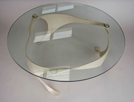 cream finish trisail table. top view